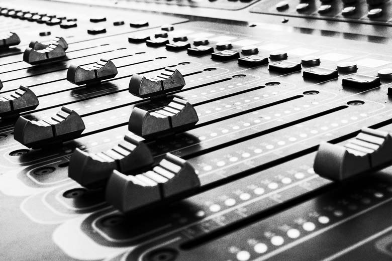 Mixer used in combination with audio interface