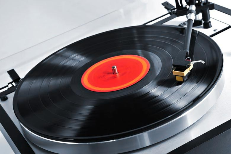 Playing mono record on stereo turntable